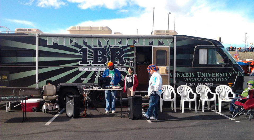The Cannabis University RV parked at a Denver Broncos tailgate. Photo courtesy of Michelle LaMay.