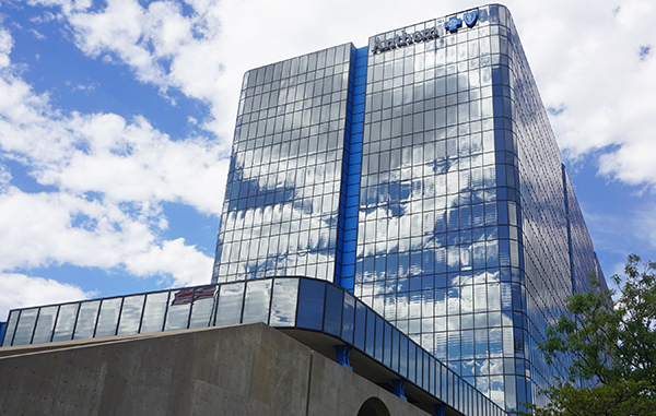 Blue Cross Blue Shield, parent company of Anthem, is facing a lawsuit by a hospital group. Photo by Burl Rolett.