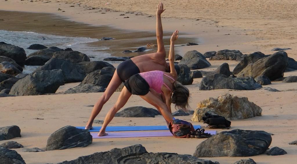 yoga couple ftd