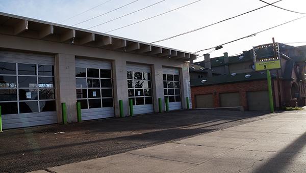 Zuni garage