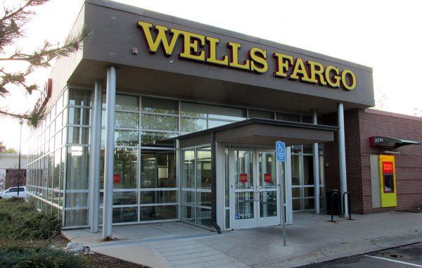 wells fargo lakewood