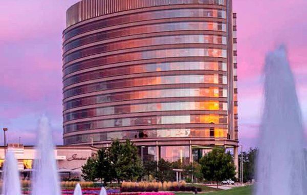 re/max plaza building